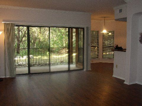 condominiums,apartment specials,condos,wood floors,wood flooring,gas cooking